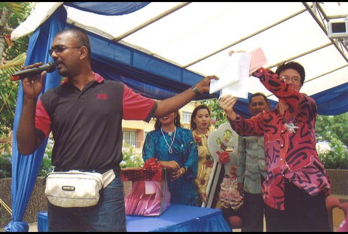 Sri Akasia Apartments Family Day